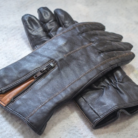 ce155080ec2db Danier Canada Accessories - Danier Thinsulate Leather Driving Everyday  Gloves